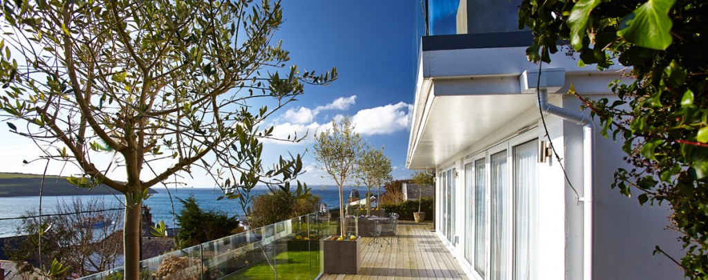 Luxury holiday apartments by the sea uk for Luxury holiday rentals uk