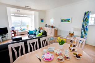 Sunseekers self catering in Cornwall with sea views