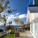 Dreamcatchers luxury holiday home balcony sea view