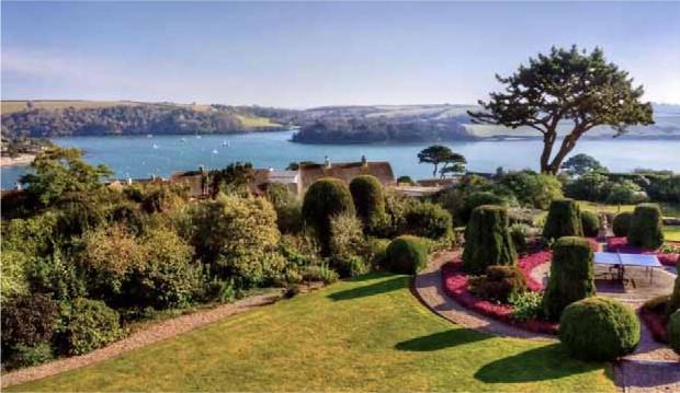 Garden & Sea view