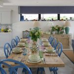 sea view dining table